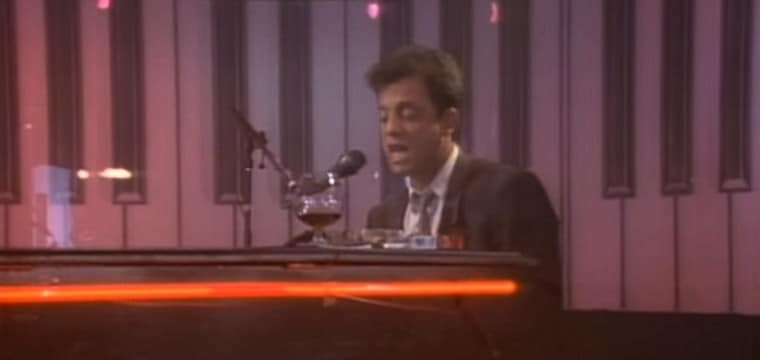Piano Man van Billy Joel bij NS Highspeed International