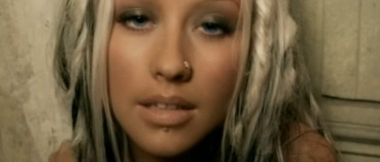 Christina Aguilera – Beautiful and Powerful