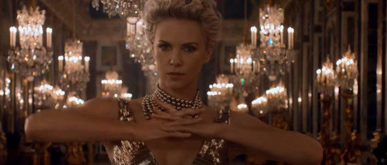 Dior Reclame met Charlize Theron – The Future is Gold – Muziek London Grammar