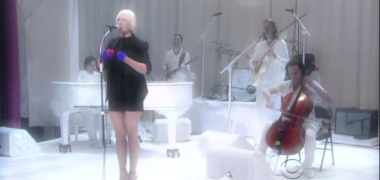 Sia – Soon We'll Be Found on David Letterman
